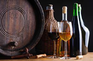 Обои Вино Бочка Бутылка Бокалы