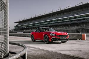 Фотография Абарф Красный Металлик 2018 124 GT Автомобили