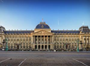 Обои Бельгия Дворца Городская площадь Уличные фонари Royal Palace Brussels город
