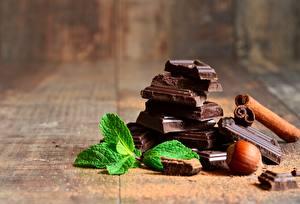 Картинки Шоколад Орехи Крупным планом Мяты