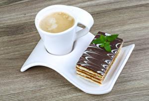 Картинка Кофе Капучино Пирожное Чашка Продукты питания