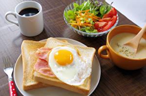 Картинка Кофе Салаты Хлеб Завтрак Чашка Глазунья Пища