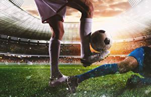 Обои Футбол Мужчины Ноги Мяч Кроссовках Спорт