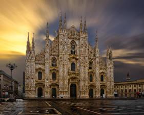 Фотография Италия Храмы Церковь Вечер Городская площадь Уличные фонари Milan Cathedral