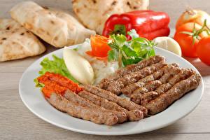 Фото Мясные продукты Овощи Тарелка Пища