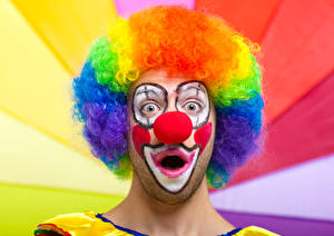 Картинка Мужчины Клоуна Макияж Волос Удивлен