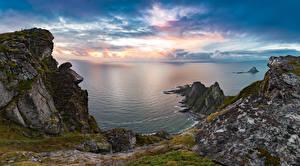 Фото Норвегия Рассветы и закаты Берег Залива Скалы Мхом Природа