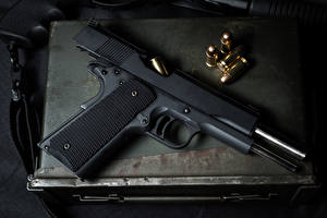 Фото Пистолеты Пули