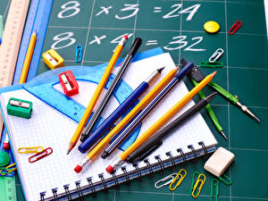 Обои Школа Тетрадь Карандаш Шариковая ручка