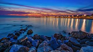 Обои Испания Берег Камень Вечер Море Залив Torre del Mar Malaga province