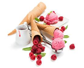 Обои Сладости Мороженое Малина Белом фоне Шар Кувшины Пища