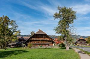 Обои Швейцария Дома Деревья Emmental Города картинки