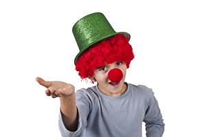 Фото Белый фон Мальчик Клоуна Униформа Шляпа Рука Дети