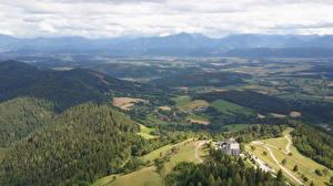 Картинки Австрия Леса Здания Холмы Сверху Magdalensberg Природа