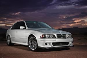 Фотографии BMW Серебряная E39 530i Автомобили