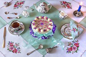 Картинки Торты Чай Чайник Нож Свечи Сервировка Дизайн Чашке Тарелке Сахар Ложки Пища