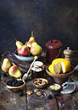 Фотография Сыры Груши Орехи Ежевика Повидло Доски Банка Пища