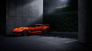 Фотографии Шевроле Оранжевые Стоянка Corvette ZR1 2019 авто
