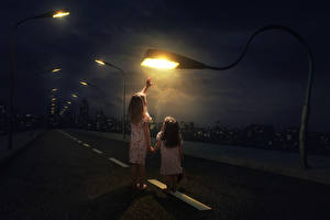 Фотография Креатив Дороги Девочки 2 Ночные Уличные фонари Дети