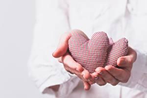 Фотография Пальцы День святого Валентина Сердце Руки