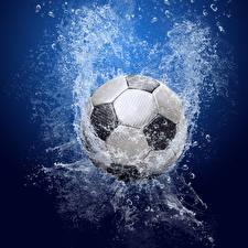 Обои Футбол Мяч Брызги Спорт картинки