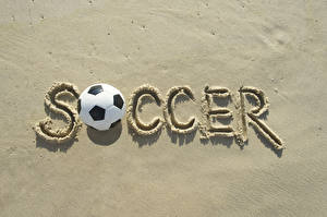 Фотографии Футбол Английский Мяч Песок Soccer Спорт