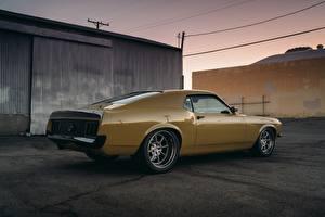 Картинки Форд Желтый Mustang RDJ Boss 302 SpeedKore автомобиль