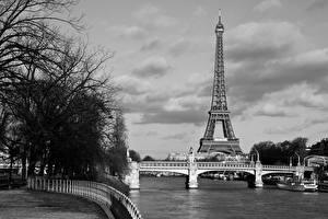 Обои Франция Мосты Эйфелева башня Париж Черно белое Города картинки