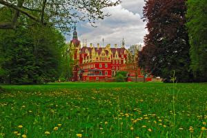 Обои Германия Замки Трава Muskau Castle Города