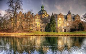 Картинка Германия Замки Реки Castle Bueckeburg Природа