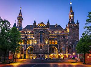 Обои Германия Здания Вечер Лестница Уличные фонари Aachen Town Hall