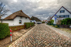 Картинки Германия Здания Дороги Улиц HDRI Забор Wieck Mecklenburg-Vorpommern Города