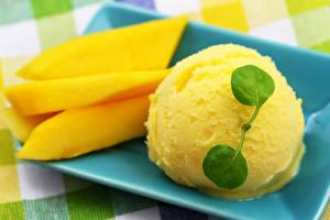 Обои для рабочего стола Мороженое Сладости Манго Шарики Желтый Продукты питания
