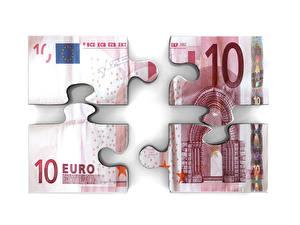 Фотографии Деньги Банкноты Евро Белом фоне