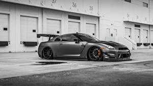 Фотография Ниссан Серые GT-R Nissan GT-R машина