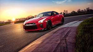 Картинка Nissan Красный GTR Track Edition 2017 Автомобили