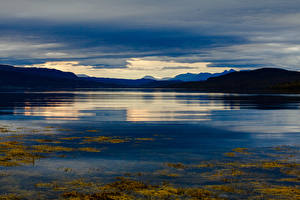Фотография Норвегия Лофотенские острова Горы Вечер Залив Природа