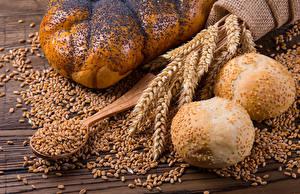 Фотография Выпечка Булочки Пшеница Колосок Зерно Ложки Продукты питания