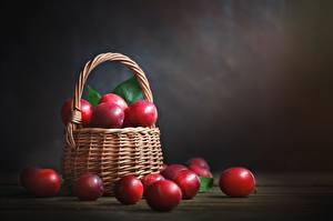 Фотографии Сливы Красный Корзина Пища