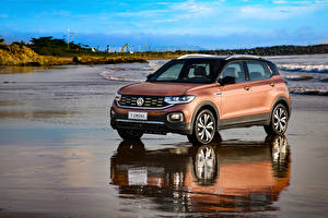 Картинка Volkswagen Коричневый 2019 T-Cross 250 TSI Highline Latam авто