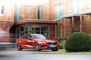 Фотографии Вольво Красные Металлик 2019 S60 T5 R-Design Автомобили