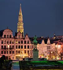 Фотография Бельгия Дома Памятники Вечер Уличные фонари Brussels Города