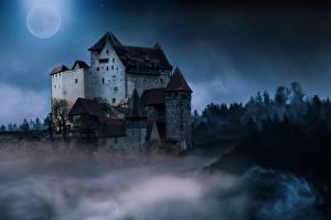 Обои Замок Ночью Луна Тумана Фантастика