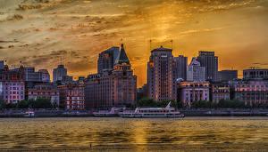 Картинки Китай Шанхай Дома Речка Рассветы и закаты Пирсы Речные суда HDR Города