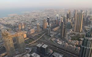 Обои Дубай Объединённые Арабские Эмираты Небоскребы Мегаполис Сверху город
