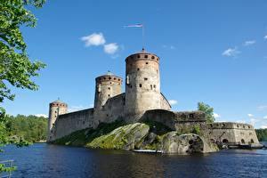 Картинка Финляндия Озеро Крепость Башня Savonlinna, South Savo, Olavinlinna Fortress (Olafsborg) Города