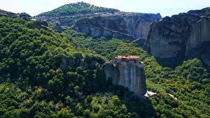 Фотографии Леса Монастырь Греция Утес Meteora Monasteries, monastery of St. Barlaam Природа