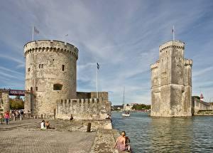 Обои Франция Башни Заливы La Rochelle, Old port, Charente-Maritime Города