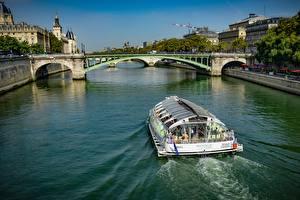 Картинка Франция Реки Мосты Речные суда Париж river Seine Города