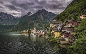 Фотография Халльштатт Австрия Дома Гора Озеро Причалы город
